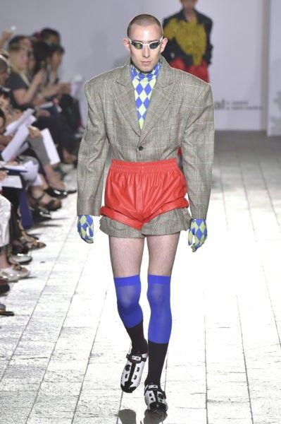Выпускники школы моды показали новые коллекции