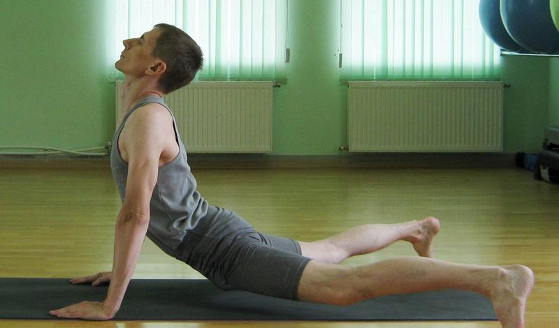 Базовые упражнения на растяжку