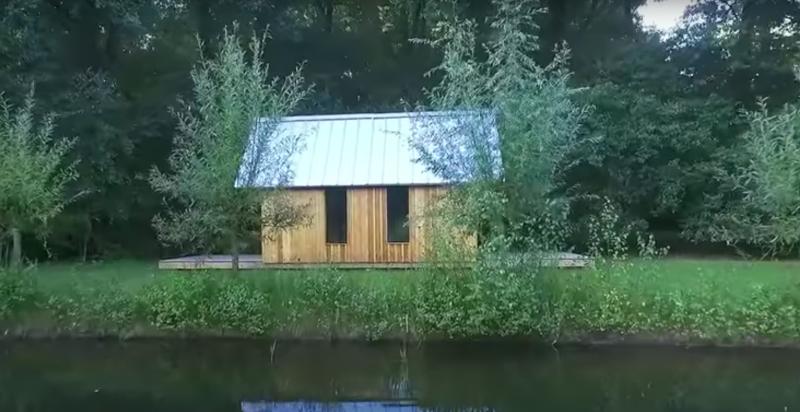 Маленький, но многофункциональный домик