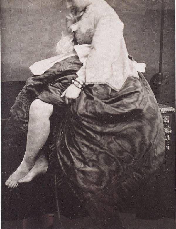 Итальянская графиня, считающаяся первой фотомоделью