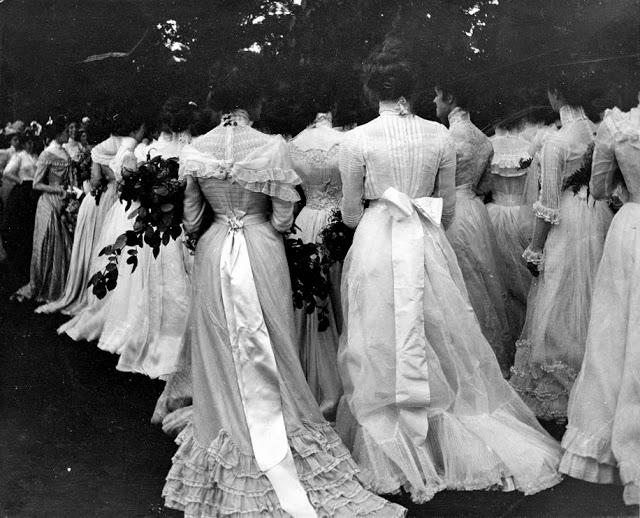 18 исторических фотографий