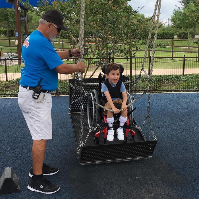 Аквапарк для людей с ограниченными возможностями