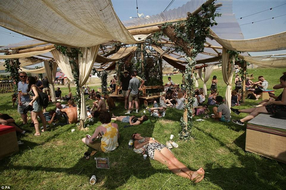 Музыкальный фестиваль Гластонбери