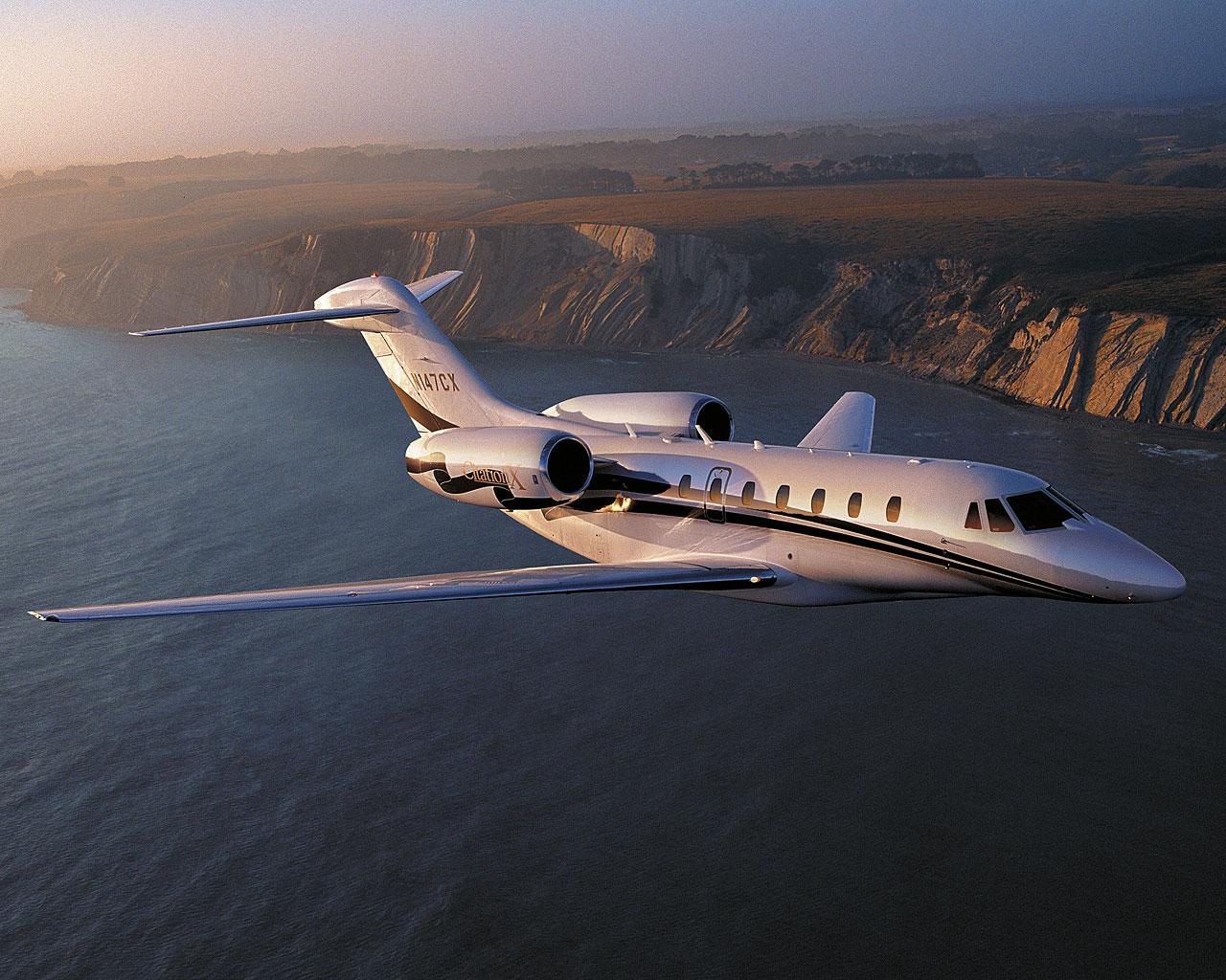 Самые быстрые пассажирские авиалайнеры в мире
