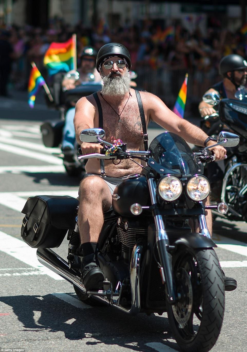 48-й ежегодный гей-парад в Нью-Йорке