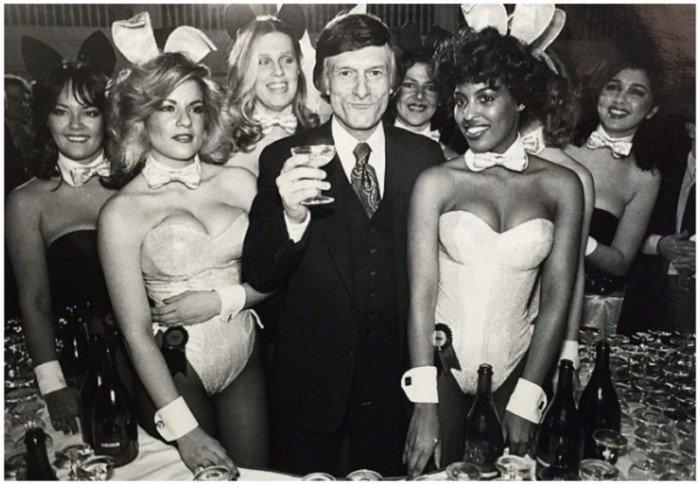 Молодой Хью Хефнер и его девушки