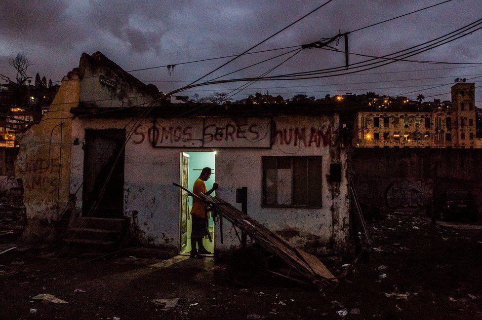 Жизнь в фавелах Рио-де-Жанейро