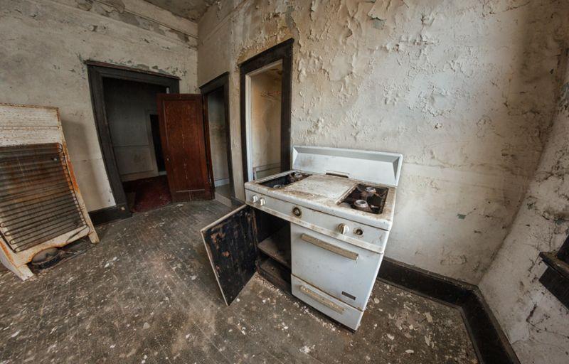 Заброшенный отель, где регулярно встречались известные гангстеры