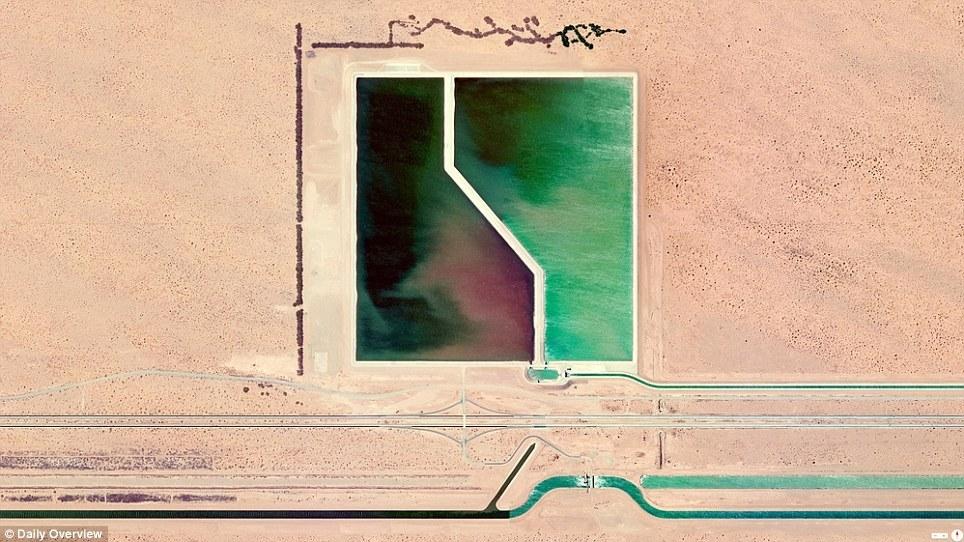 Земля с высоты птичьего полета от Бена Гранта