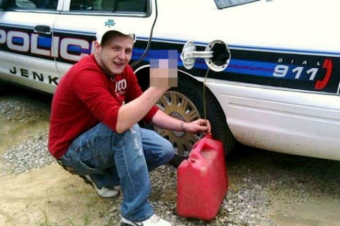 15 глупых преступников, которые выдали себя в социальных сетях