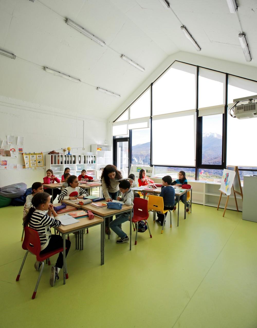 Центральная школа Дилижана в Армении