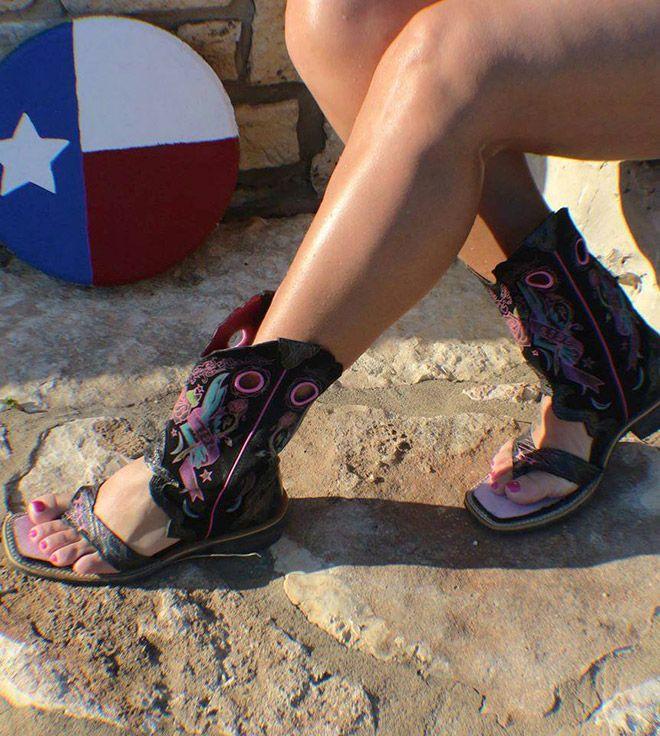Ковбойские сандалии - новый трэш-тренд