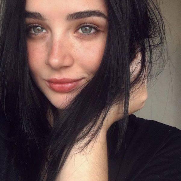 Девушки с естественной красотой