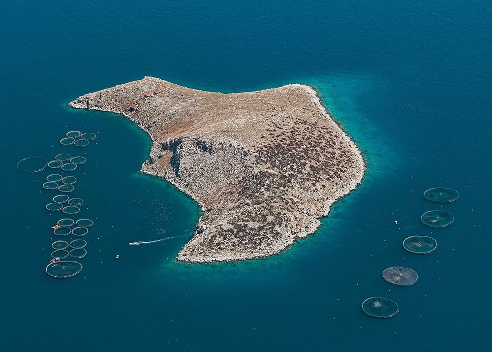 Рыбные хозяйства Греции с высоты