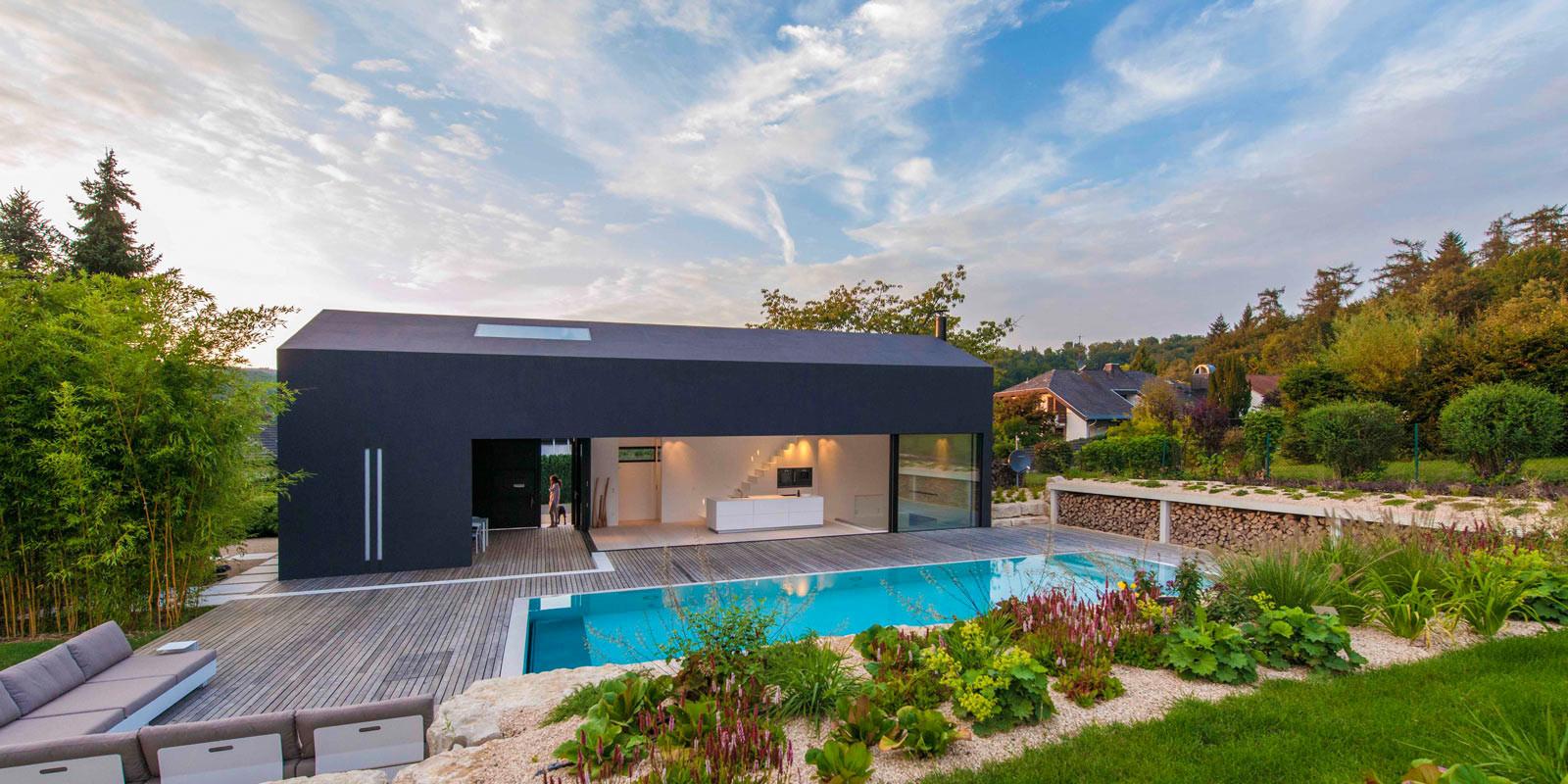 Загородный дом из бетона в Германии