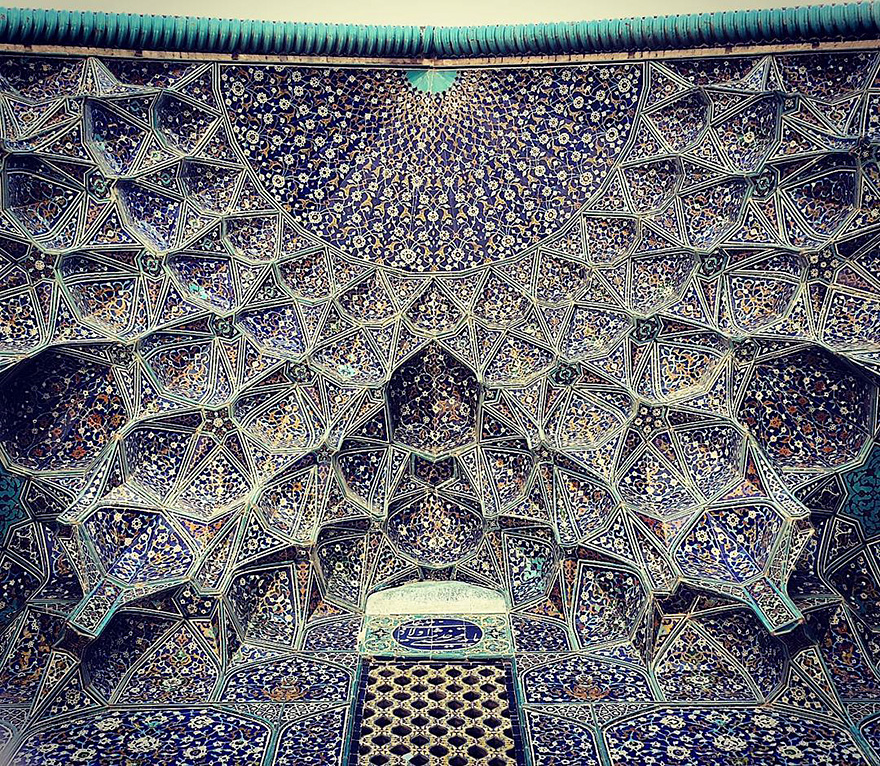 Завораживающий мир иранских мечетей