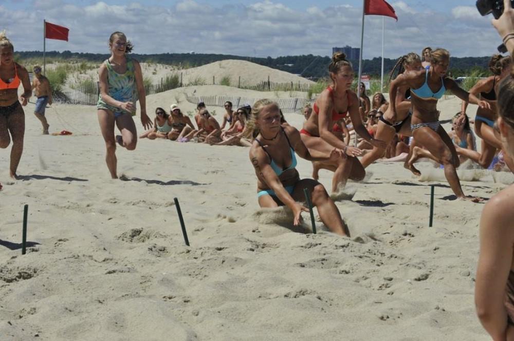 """Ежегодный турнир девушек-спасателей """"All Women Lifeguard Tournament"""""""