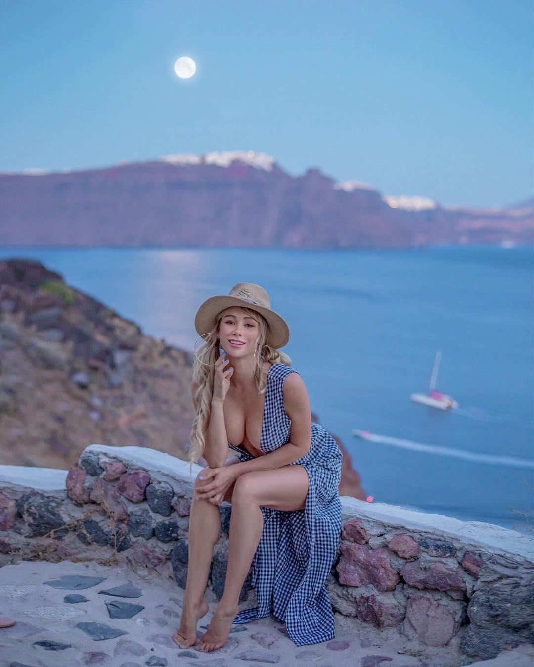 Фото путешествующей Сары Андервуд из Instagram