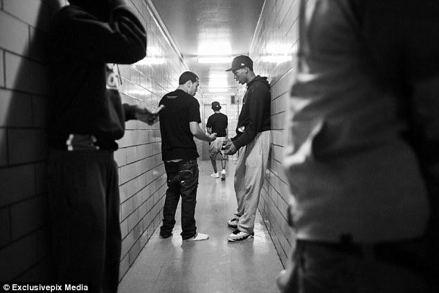 Один день из жизни американской уличной банды