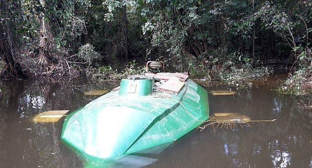 Подводная лодка колумбийских наркоторговцев
