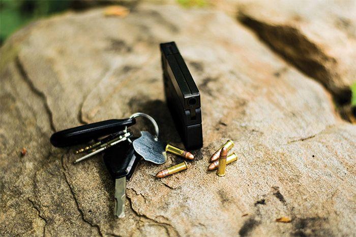 LifeCard - один из самых крошечных пистолетов в мире