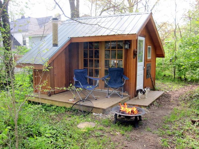 Небольшие и очаровательные дачные домики