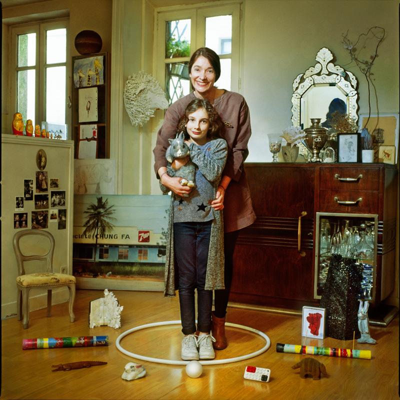 Портреты людей в окружении их вещей