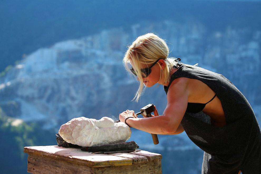 Мраморный карьер в Тоскане: как добывают мрамор мечты Микеланджело