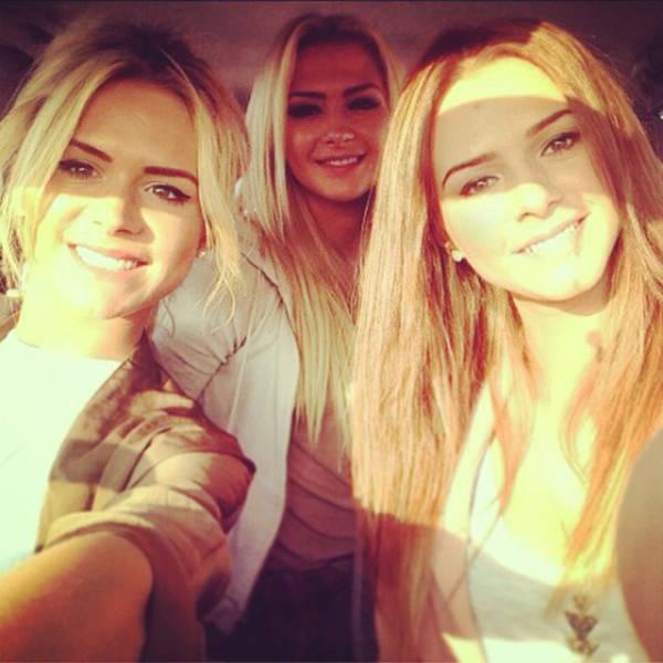 Три сестры из Румынии покорили пользователей сети