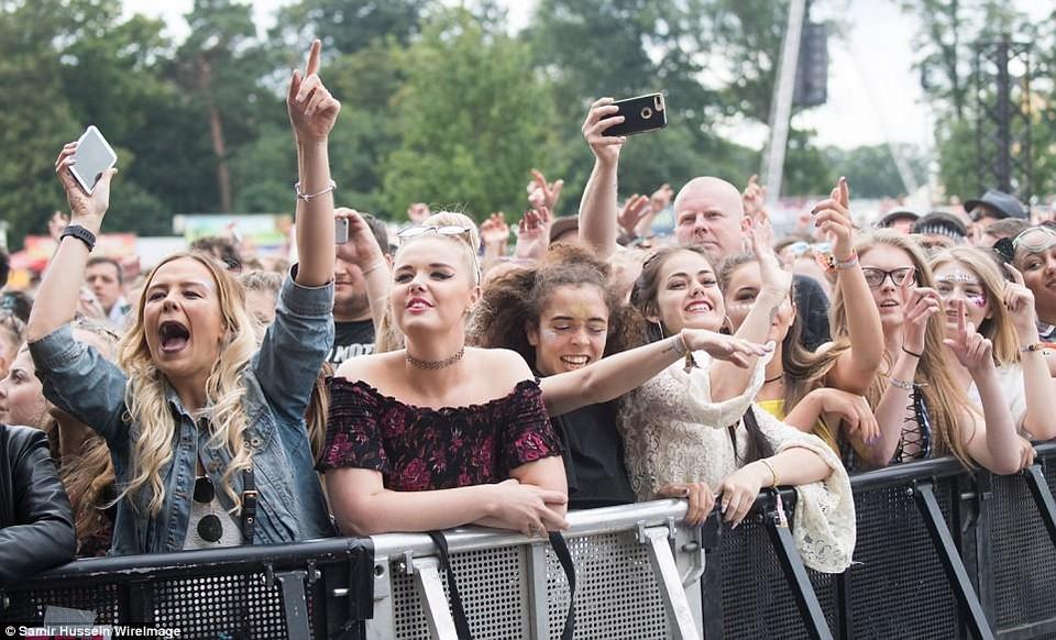 Как прошел музыкальный V Festival в Великобритании
