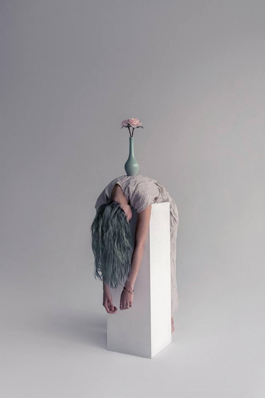 Расширенная реальность в сюрреалистических фотографиях Брук ДиДонато