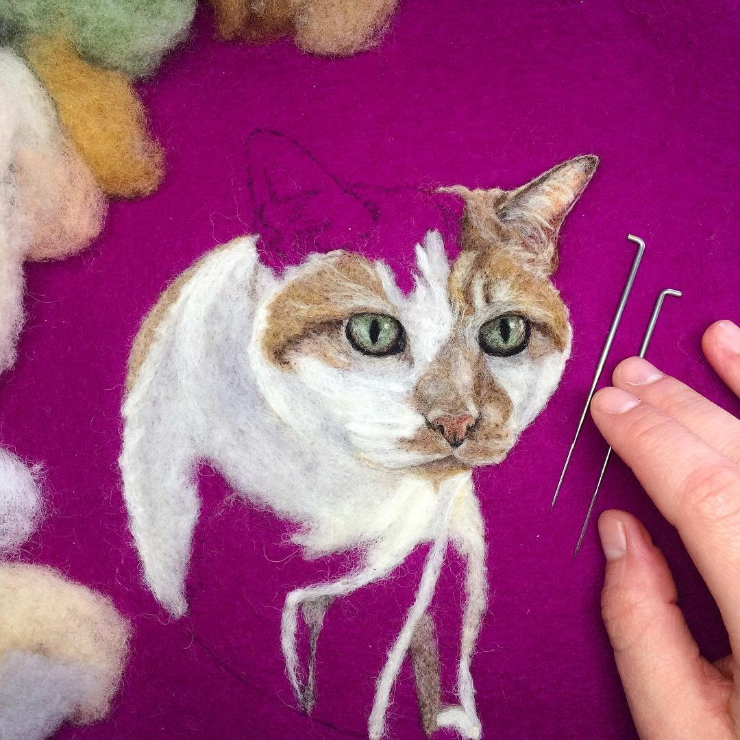 Реалистичная войлочная вышивка от Дани Айвс