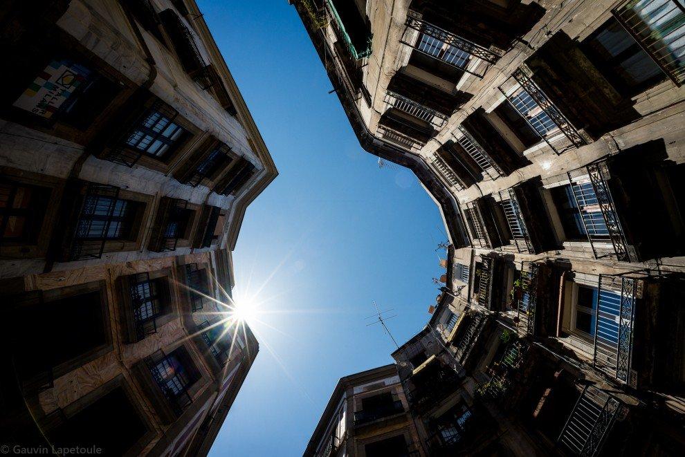 Красота архитектуры Барселоны от фотографа Говина Лапетуля