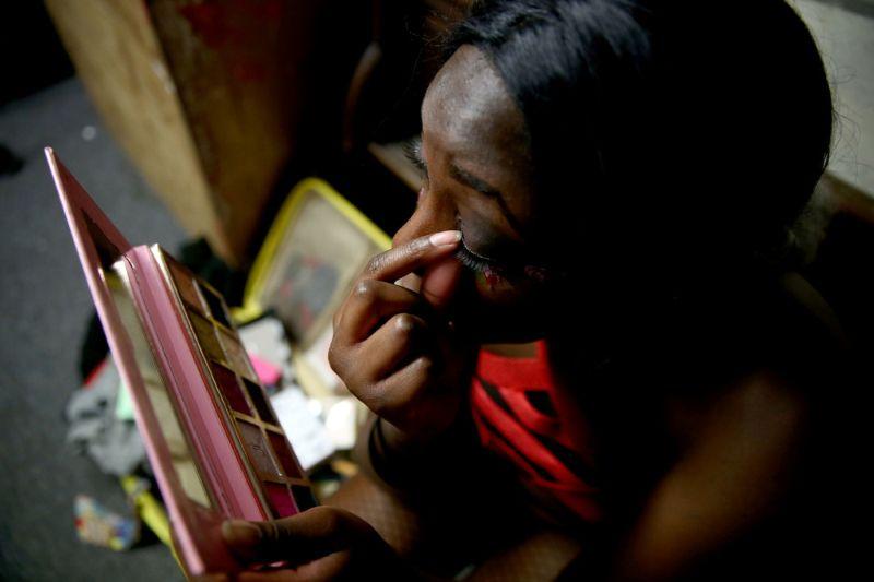 Соревнования по женскому реслингу в одном из районов Лондона