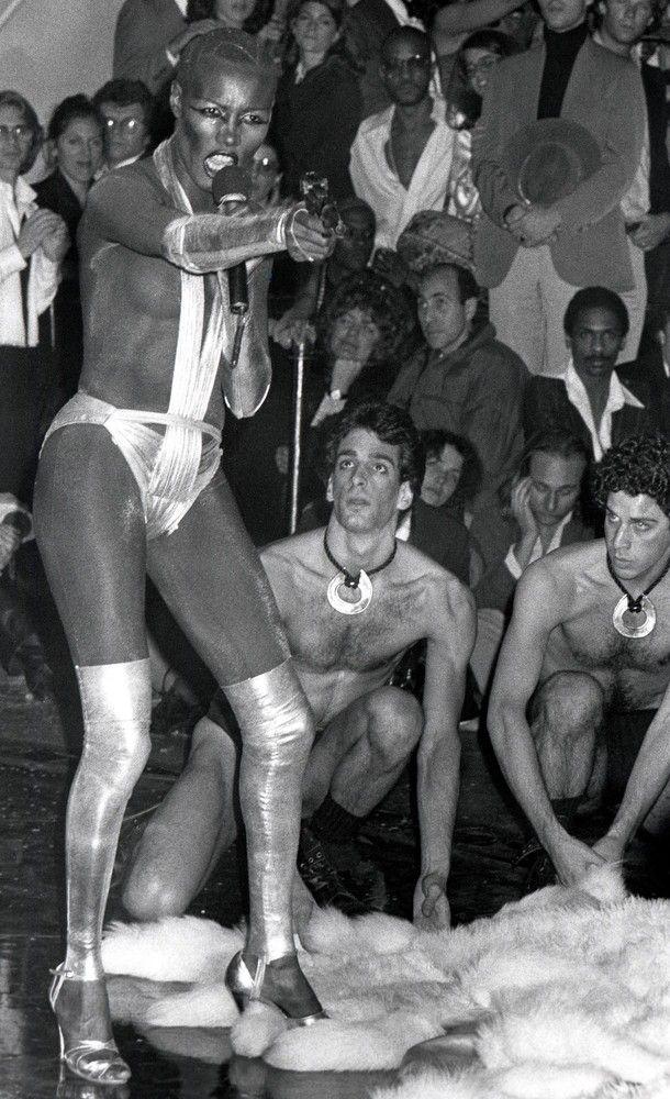 Отвязные тусовки знаменитостей в ночном клубе Студия 54