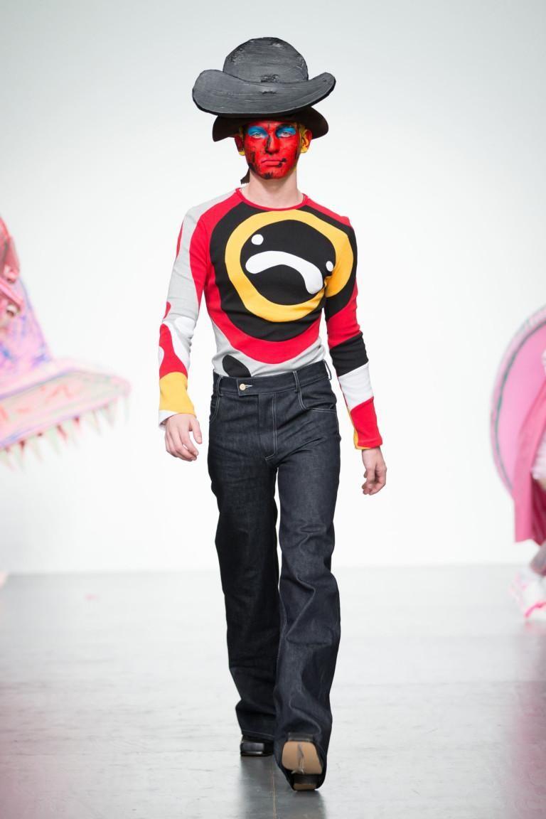 Очередная забавная коллекция мужской одежды