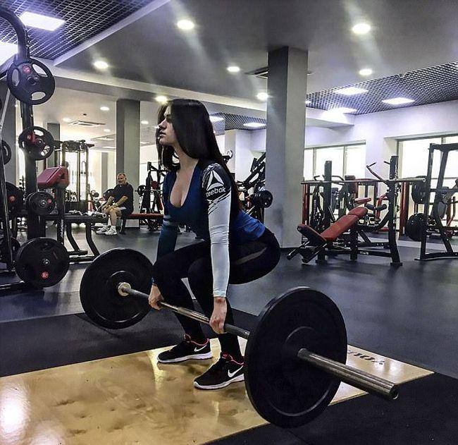 Вера Шульц поборола анорексию и стала фитнес-тренером
