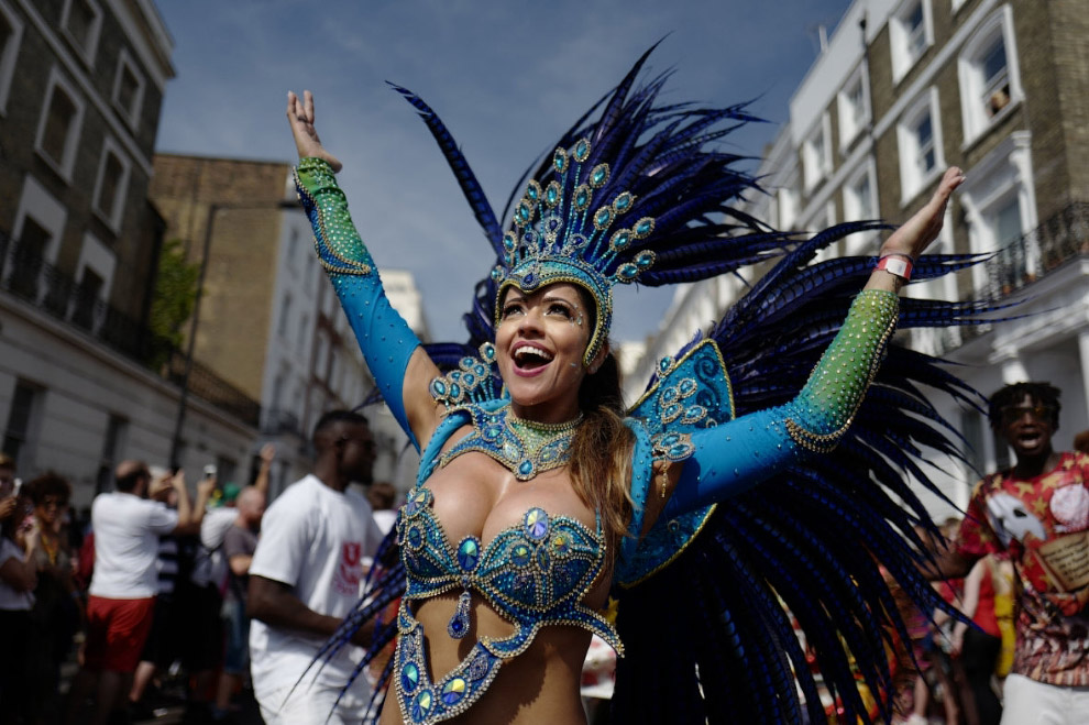 Карнавал на улицах лондонского района Ноттинг-Хилл