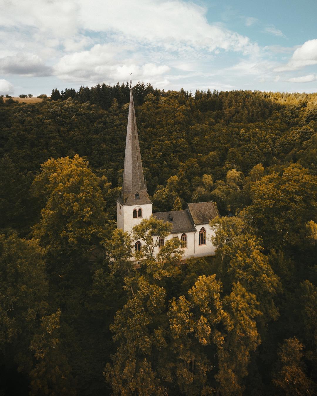 Потрясающие фотографии с высоты от Boyan Ortse