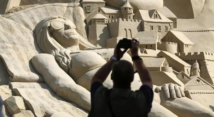 Самый высокий песочный замок соорудили в Германии