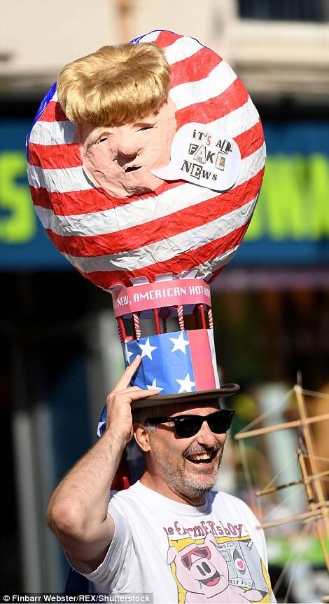 Фестиваль шляп в Англии