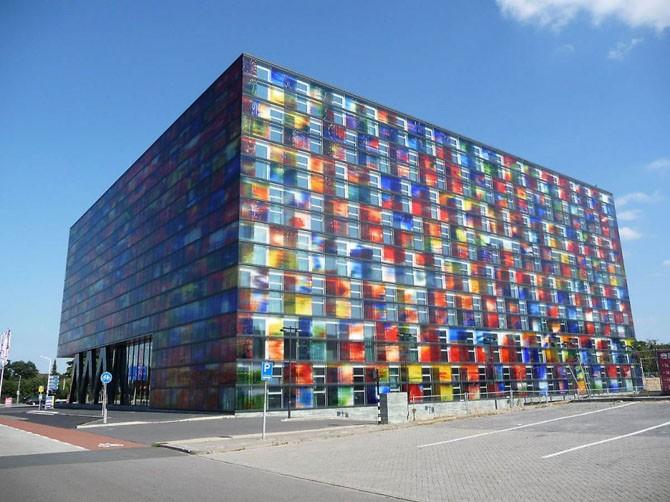 Эффектные архитектурные сооружения