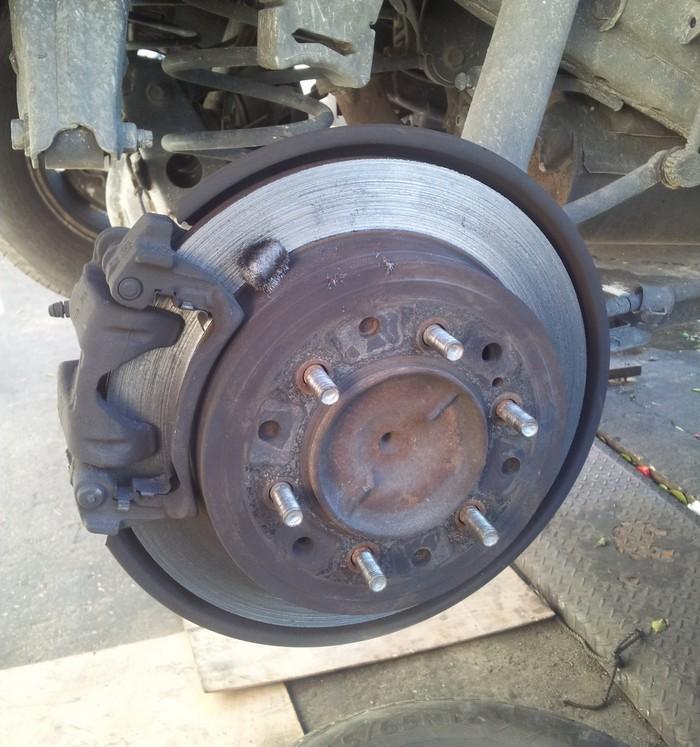 Приколы из автомастерских: бюджетный ремонт