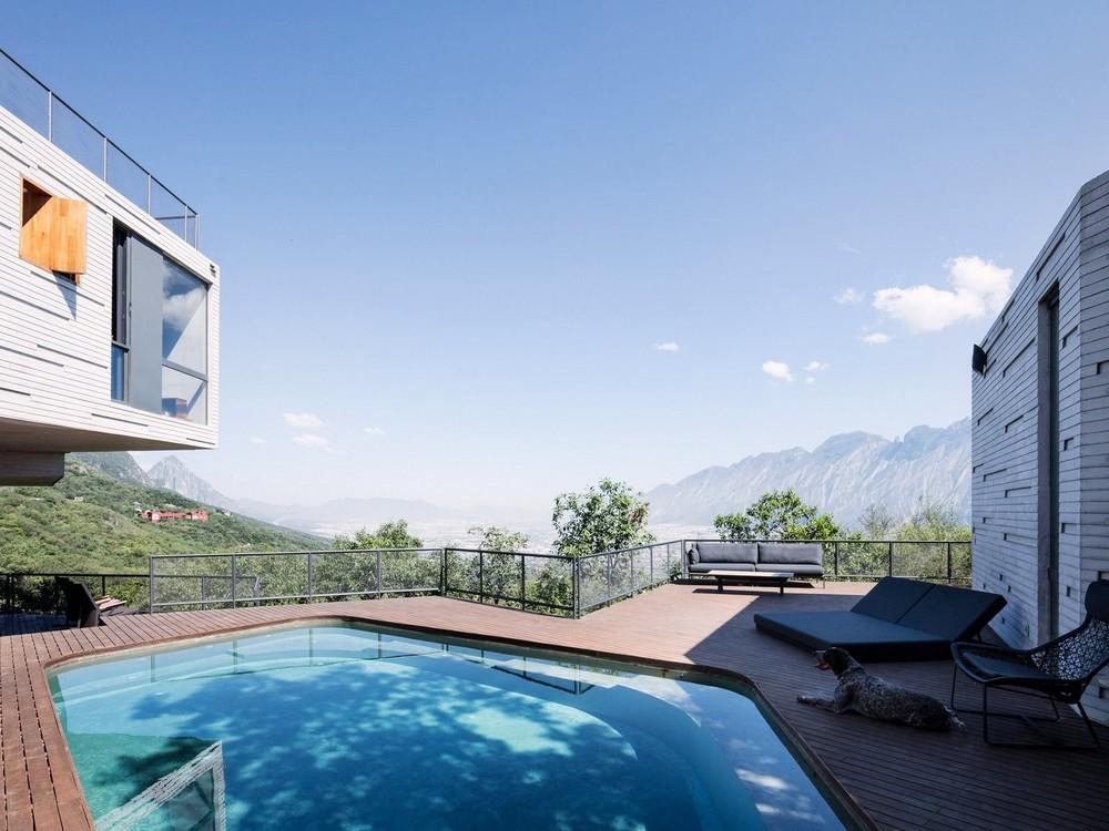 Дом на крутом склоне в Мексике