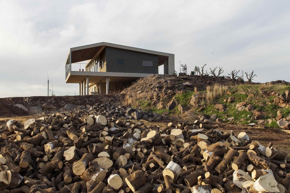 Современный особняк на берегу моря в Израиле