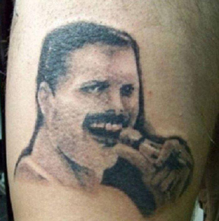 Неудачные татуировки с лицами звезд