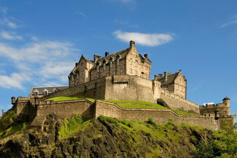 Список самых красивых мест для путешествий от туристического журнала Rough Guide
