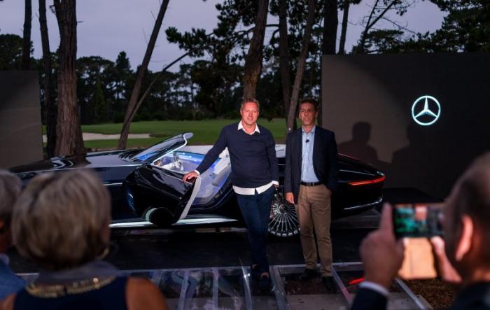 Роскошный кабриолет Mercedes-Maybach 6 представили в Пеббл-бич