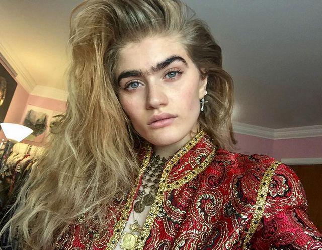 София Хаджипантели хочет ввести моду на монобровь