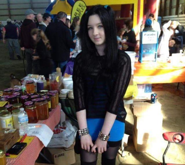 Живая кукла из Канады Амелия Буссин